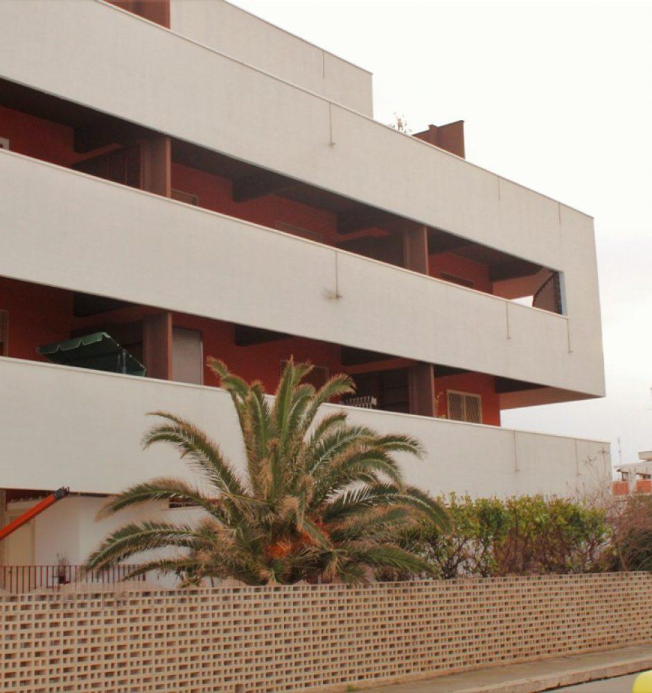 Bari Torre a mare – Appartamento di 3 vani con Terrazzino a livello e posto auto
